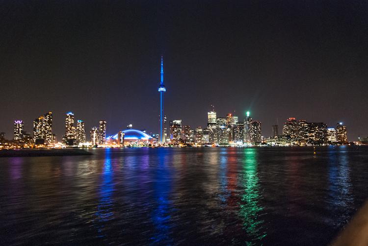 Торонто. Город не спит.