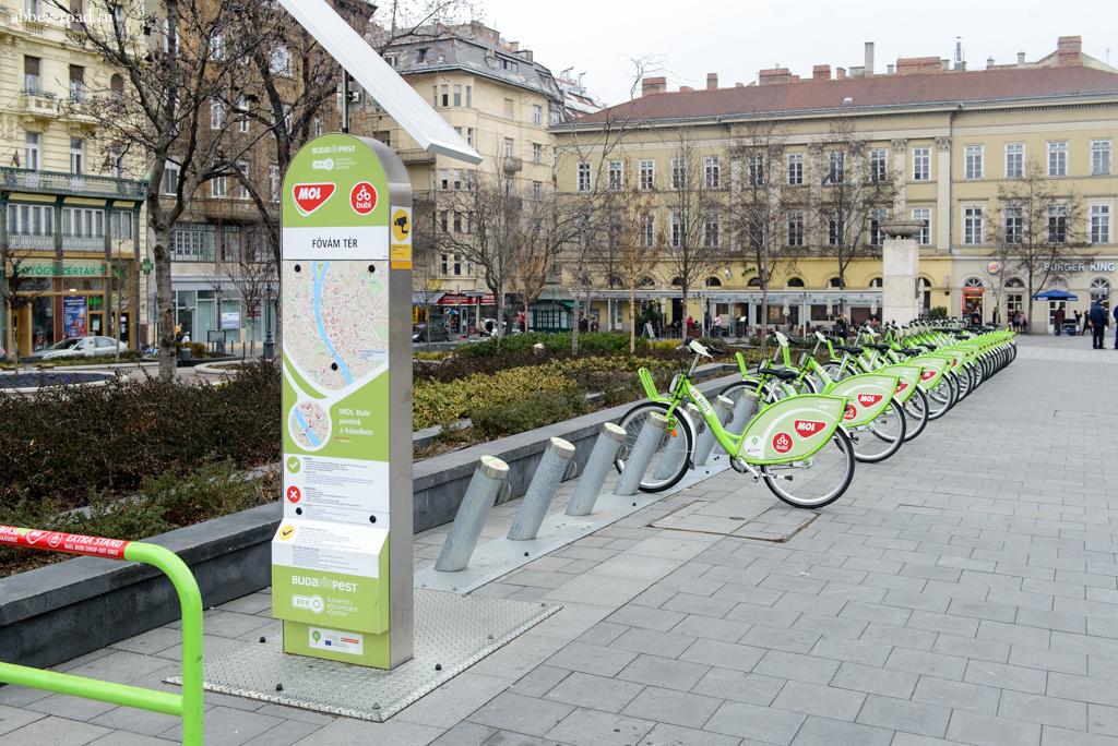Станция городского проката велосипедов для местных жителей